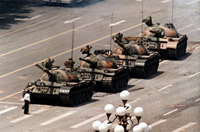 man-standing-up-to-a-tank-in-tiananmen-square